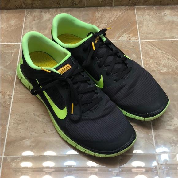 73f60312e42b Nike Free Run 13M Livestrong Green   Black Shoes. M 5c1a95c7819e90dc4e5687ea